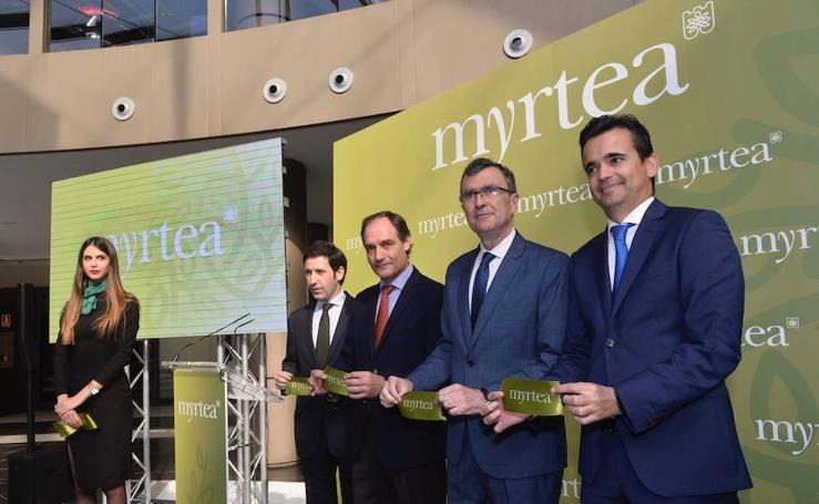 Relanzamiento del Centro Comercial 'Myrtea'