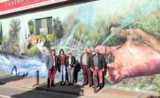 La huerta y el río Segura, protagonistas de un mural en el barrio de San Antolín