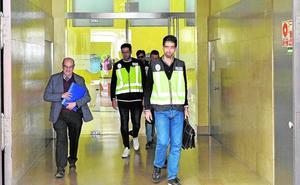 La Policía registra la sede de la CHS tras la pista de un caso de corrupción