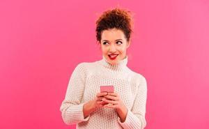 15 frases para ligar en Tinder que nunca fallan