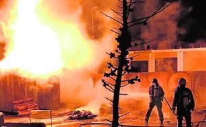 Sofocan un incendio en el Ecoparque de Abarán