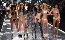 Los 'ángeles' de Victoria's Secret bajan a la pasarela