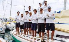 Regatistas murcianos participan en el campeonato en aguas de Hong Kong