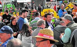 La Feria Agrícola de Jumilla atrae firmas de otras cinco comunidades