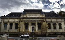 Juzgan en Francia a la madre que ocultó a su bebé en un maletero durante dos años