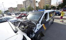 Una conductora, herida en Murcia en el choque con un furgón de la Policía Nacional