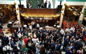 El Mercado de Correos abre sus puertas en Murcia con 15 paradas gastronómicas