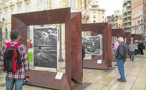 Cartagena recibe la muestra de Sebastião Salgado 'Génesis. Arte en la calle'