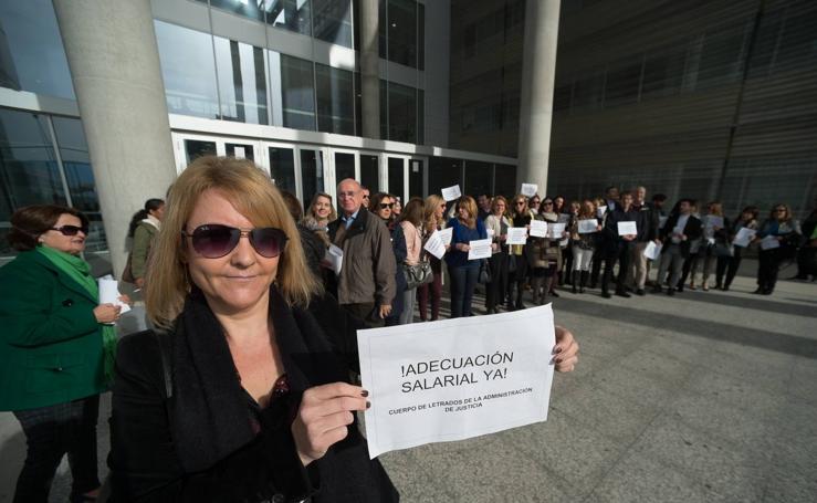 Los letrados de la administración de Justicia reclaman una subida salarial