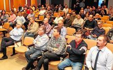 Los taxistas aceptan la tarifa plana para prestar por 29 euros los servicios a Corvera