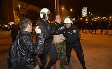 Condenan a ocho meses de prisión a los dos detenidos en la protesta contra el acto de Vox en Murcia