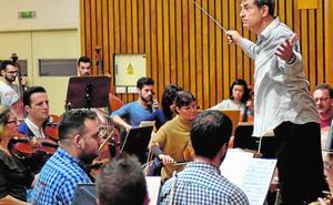 Salvador Brotons ofrece un programa doble junto a la Orquesta Sinfónica