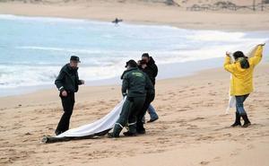 Hallado el vigésimo cadáver de la patera que naufragó hace diez días en Cádiz