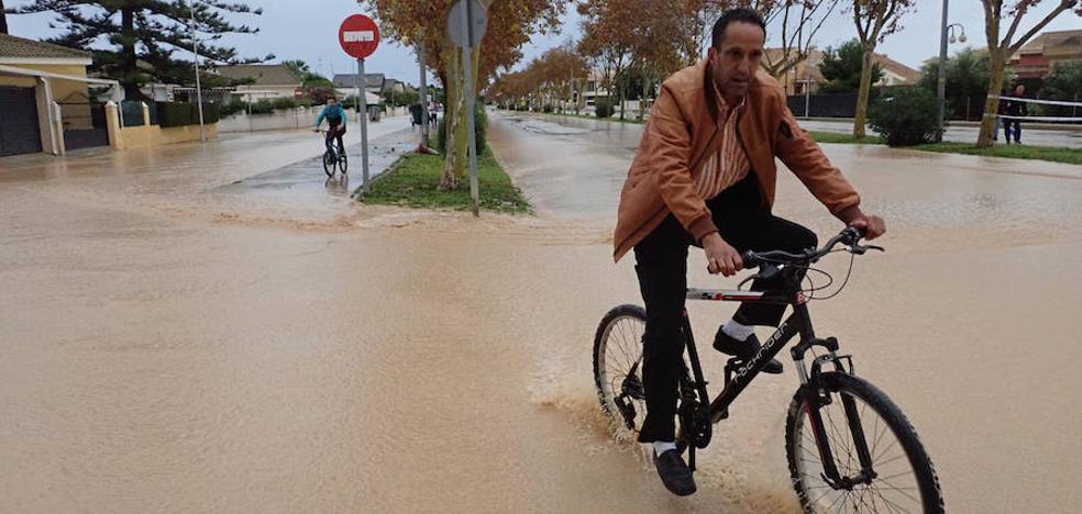 Las lluvias persistentes, motivadas por «la mayor cantidad de agua en la atmósfera desde los años 60»