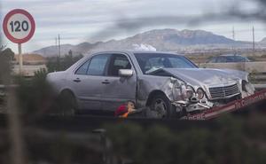 Un muerto y dos heridos leves en un accidente en la A-30 a la altura de Valladolises, en Murcia