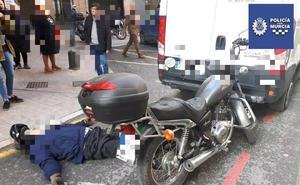 Un atropello y un choque entre un turismo y una motocicleta dejan dos heridos en Murcia