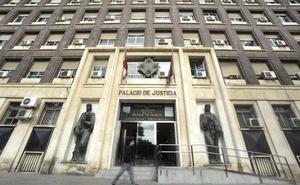Un acusado por violar a una prostituta en Cieza confiesa los hechos y acepta cinco años de prisión