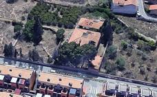 Arde una casa abandonada en Espinardo y un lavadero en el Puerto de Mazarrón