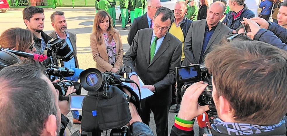 Ballesta pide una reunión a Pedro Saura para buscar una solución a Faroliva