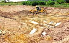 Yecla desbloquea la construcción de una balsa en la Fuente del Pinar