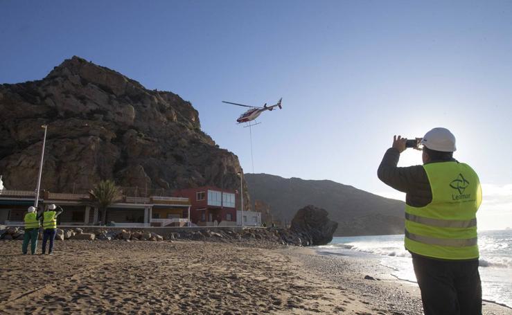 La playa del Portús estará protegida ante el desprendimiento de rocas en tres meses