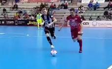 Uno de los goles del triunfo de ElPozo en el derbi, la mejor jugada de la jornada