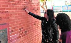 El Ampa de un colegio de las Torres de Cotillas: «Tenemos miedo de que a nuestros hijos les pueda caer un ladrillo»