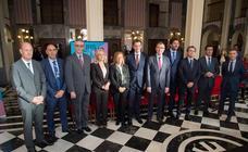 El presente y futuro del sector turístico regional, a examen en el Teatro Romea