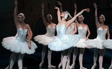 El ballet 'El lago de los cisnes' llega a Caravaca