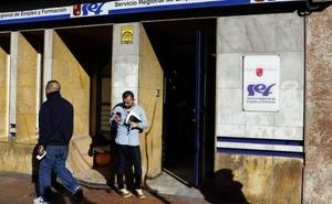 El paro sube en 655 personas en la Región de Murcia mientras baja en el conjunto de España