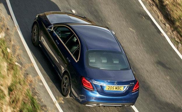 Dimovil lanza la mejor oferta del año en el Mercedes Clase C Berlina