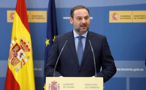 Ábalos señala que se han licitado 6 tramos en la conexión de Alta Velocidad Murcia-Almería por valor de 754 millones