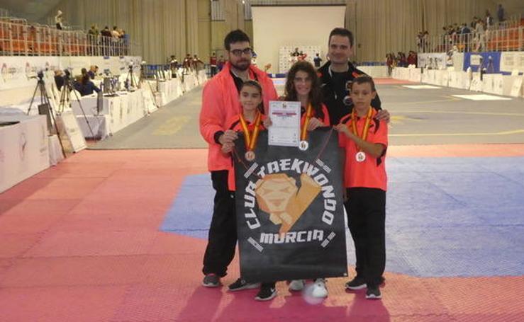 El Club Taekwondo Murcia logra tres medallas en el Nacional Infantil