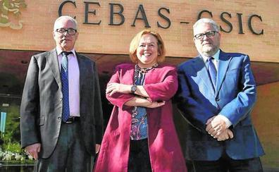 Rosa Menéndez: «El CSIC no puede seguir así; nos ahogamos en los controles y la burocracia»