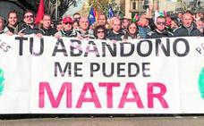 Funcionarios de prisiones de la Región muestran su «indignación» en Madrid