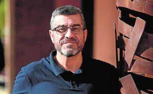Rubén Castillo: «Hace años que perdí la ilusión de escribir; será difícil que la recupere»