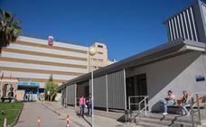 Los alumnos de Enfermería denuncian falta de sitio y servicios en su escuela