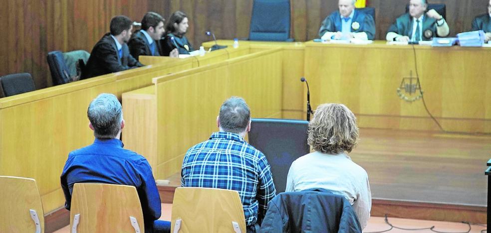 Piden 3 años de cárcel a dos policías locales por el presunto desfalco en una cooperativa