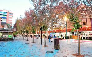 Los bares del paseo Alfonso X abren las terrazas este fin de semana con 60 mesas
