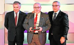 Los proyectos profesionales de la UCAM para deportistas son galardonados por el COI