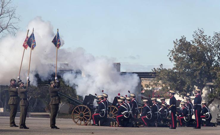 Acto militar de relevo de mando del Regimiento de Artillería Antiaérea 73