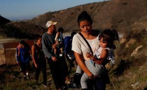 Muere deshidratada una niña migrante de 7 años bajo la custodia de EE UU