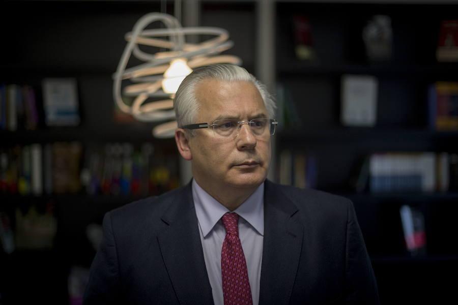 Un juzgado admite una querella contra Garzón por los audios de Villarejo