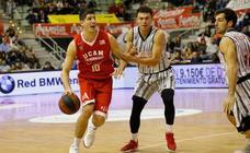 El UCAM Murcia CB logra la quinta victoria de la temporada tras ganar a Fuenlabrada (75-65)