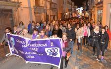 Cientos de personas muestran en Murcia y Lorca su repulsa por el asesinato de Laura