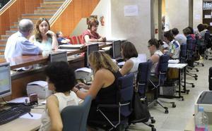La Región pierde a uno de cada diez trabajadores públicos en un año