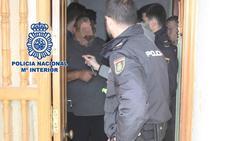 Detenidas cinco personas por retener durante meses en Alquerías a una mujer para celebrar un matrimonio forzado