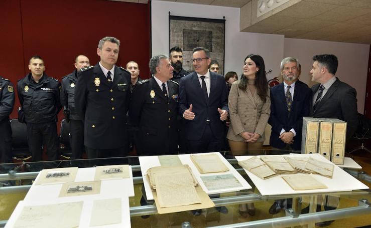 La Policía Nacional recupera el archivo desaparecido de Juan de la Cierva