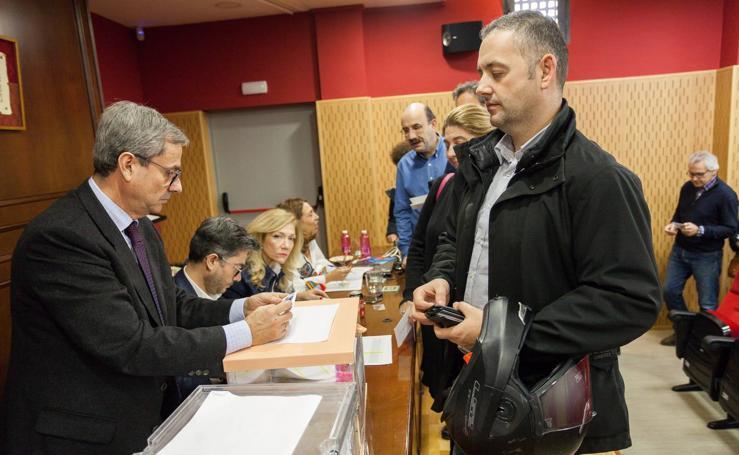 Más de 1.150 abogados votan para elegir a sus representantes