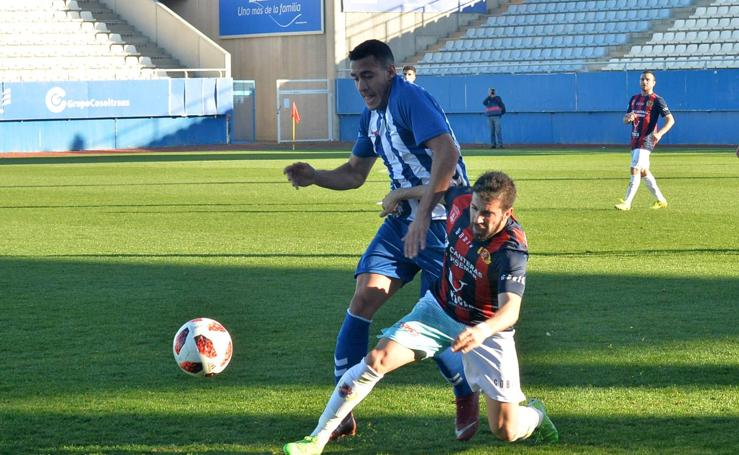 El Lorca FC tumba al Yeclano (2-1)